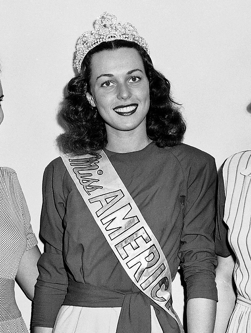 Miss America Bess Myerson poses at the annual Beauty Pageant held at Atlantic City (Photo: AP)