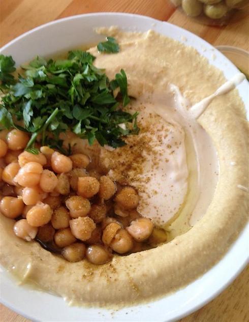 Israeli hummus takes the world (Photo: Rafi Aharonovich)