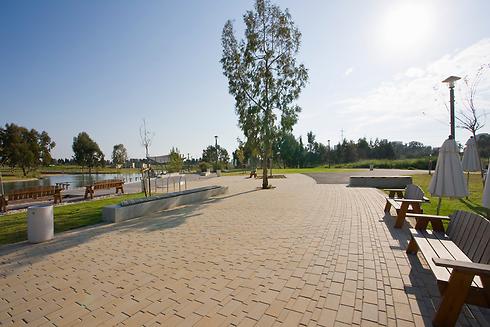 פארק הרצליה כיום (צילום: אייל פרידמן)
