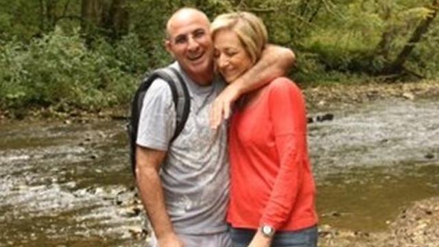דיוויד פרץ ואשתו רוית. עישן עד לפני ארבע שנים (צילום: FIDF)