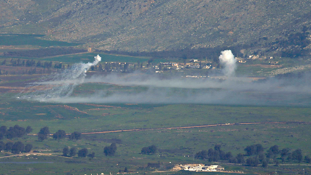 IDF responds with fire into Lebanon (Photo: Reuters)