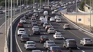 העובדים שמבלים שעות בדרכים בדרך לעבודה