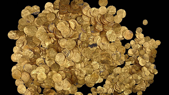 Excavations will be carried out in hope of shedding light on origin of treasure (Photo: AFP/Israel Antiquities Authority)