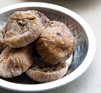 Figs. Not to be found in kosher banquet halls (Photo: Uri Shavit)