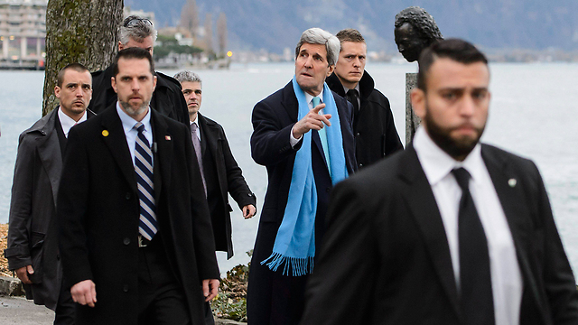 Kerry in Geneva for nuclear talks (Photo: EPA)