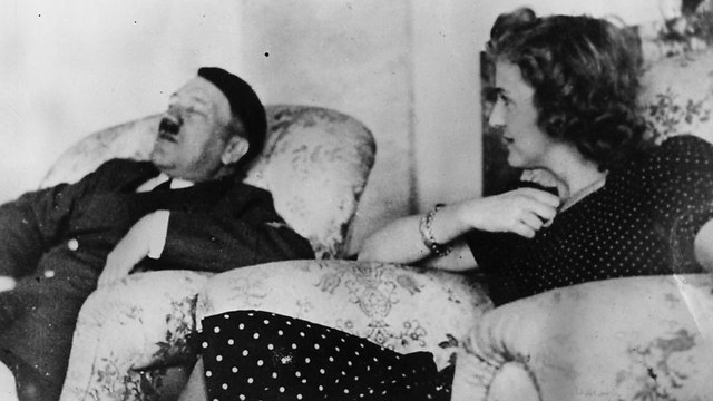 Hitler relaxes with Eva Braun, 1940 (Photo: Getty Images)