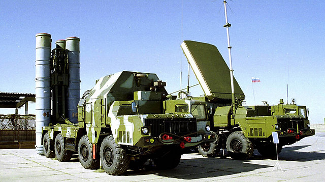 The Russian S-300 anti-aircraft missile system (Photo: AP)
