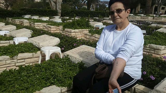 """האובדן של רחל חנן, ניצולת אושוויץ   (צילום: אחיה ראב""""ד)"""