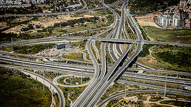 Interchange in Rishon LeZion. (Photo: Israel Bardugo)