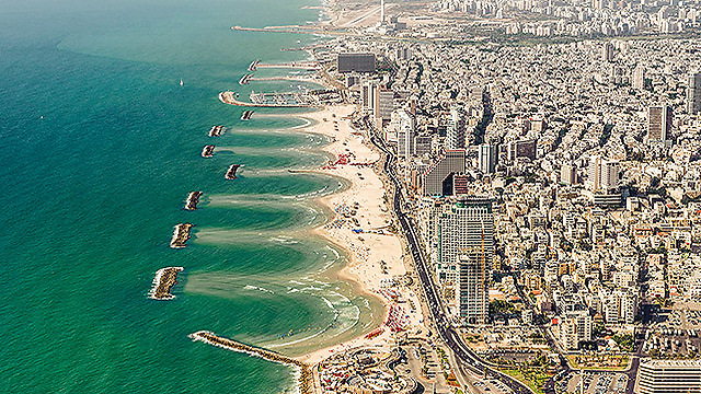 Tel Aviv coast. (Photo: Israel Bardugo)