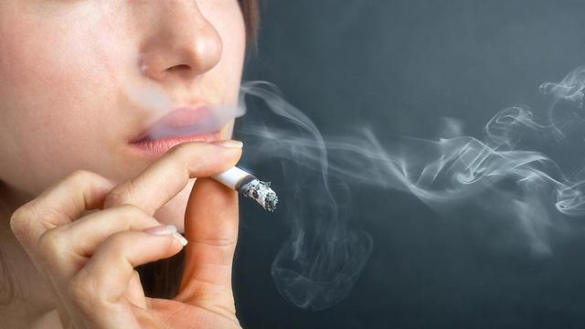 About one-fifth of the adult population in Israel still smokes (Photo: Shutterstock)