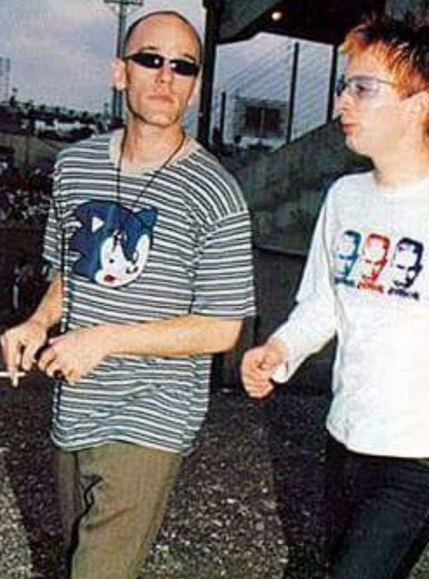 מייקל סטייפ ותום יורק בישראל. היום לפני 20 שנה ()