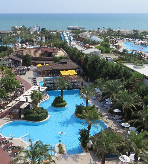 Going back to the all-inclusive resorts. Antalya (Photo: Danny Sadeh)