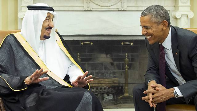 US President Barack Obama meets with King Salman of Saudi Arabia in the Oval Office of the White House (Photo: AP)