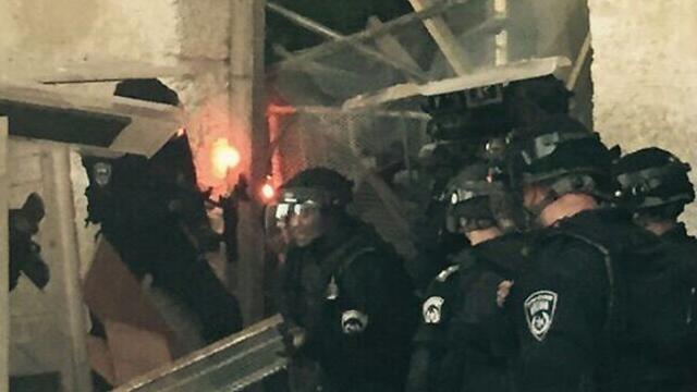 Clashes on the Temple Mount (Photo: Israeli Police spokesperson)