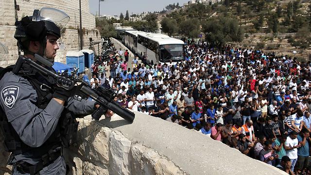 הר הבית לפני כ-10 ימים: מונעים כניסת מוסלמים (צילום: AFP)