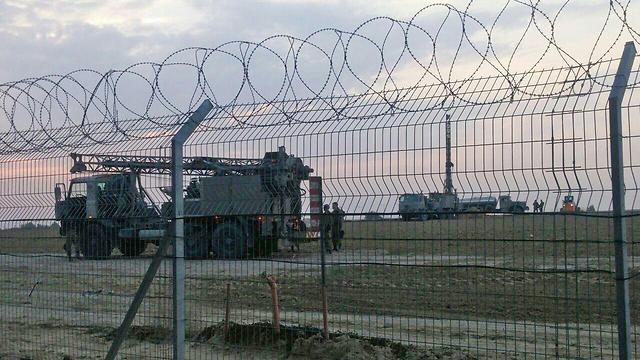 L'armée israélienne recherche de tunnels à la frontière de Gaza.