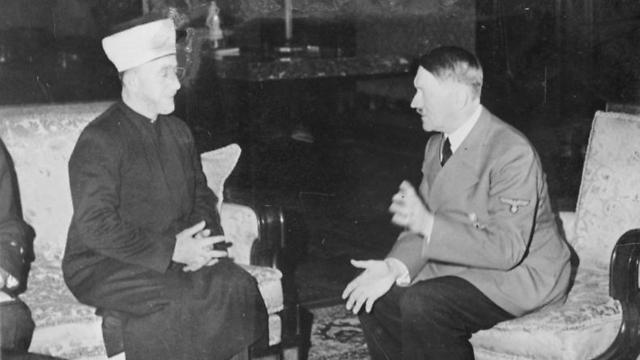 Haj Amin al-Husseini and Nazi leader Adolf Hitler. (Photo: Heinrich Hoffmann)