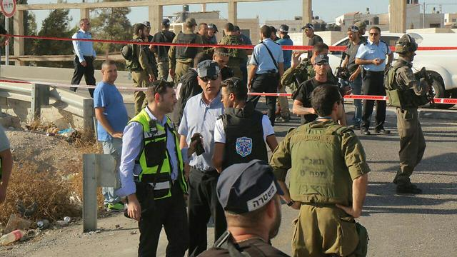 IDF, police, and rescue forces at the scene of the attack (Photo: TPS)
