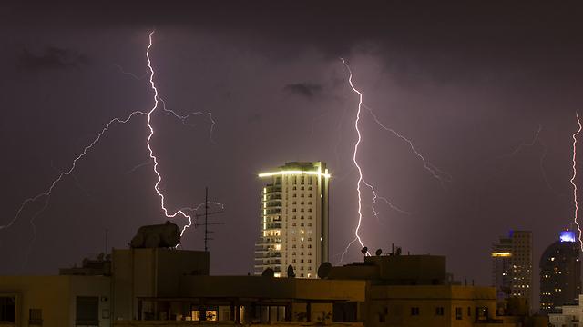 בנתניה (צילום: AFP)