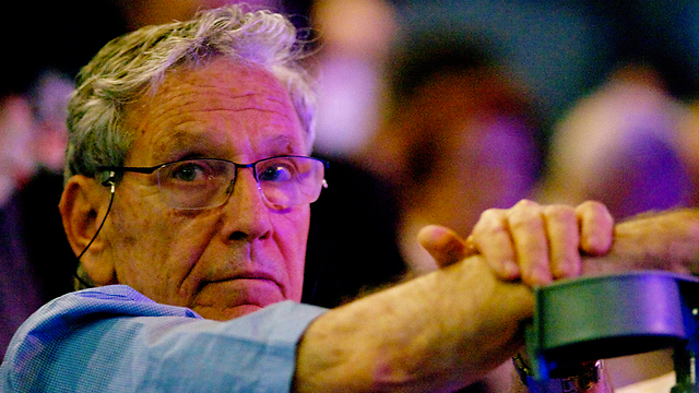 Amos Oz. Targeted by association. (Photo: uval Hen, Yedioth Ahronoth)