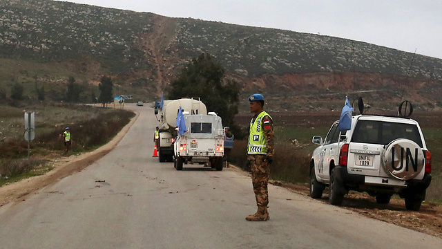 UNIFIL patrolon the Israeli border next to Har Dov (Photo: Avihu Shapira)