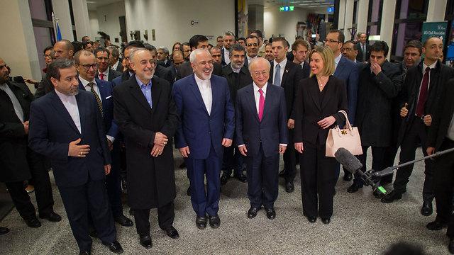 EU and Iranian leaders celebrating end of Iran sanctions (Photo: EPA) (Photo: EPA)