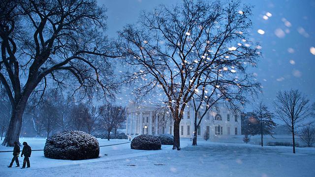 וושינגטון תחת מעטה לבן  (צילום: AFP)