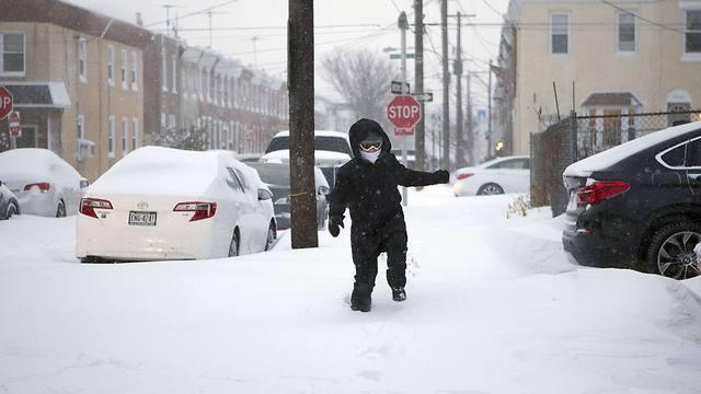 שלג בפילדלפיה, פנסילבניה (צילום: AFP)