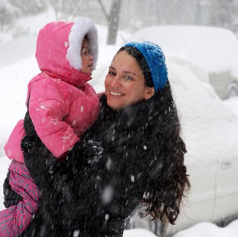 מצטלמים בשלג בניו יורק (צילום: גלית סיטבון - בר גיל)