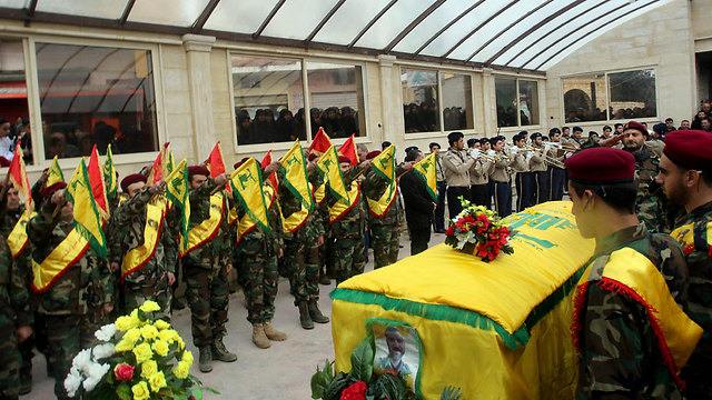 Funeral of Hezbollah fighter killed in Syria (Photo: EPA)