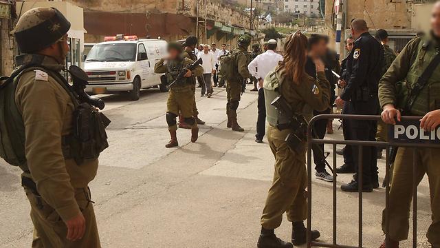 מקום הפיגוע (צילום: AFP)