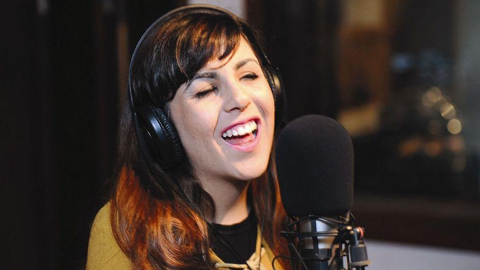 שיר ערגי - סוף-סוף יכולה לשמוע את עצמה שרה (צילום: חורחה נובומינסקי)