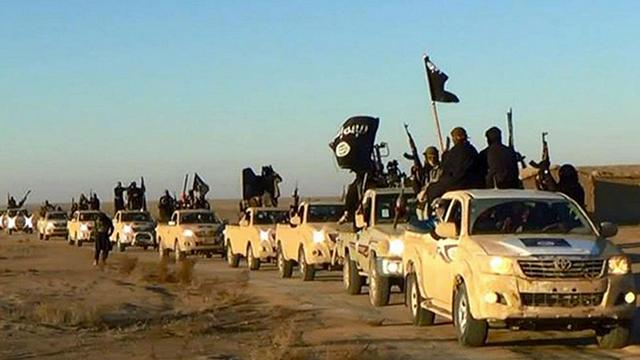 ISIS convoy (Photo: AP)
