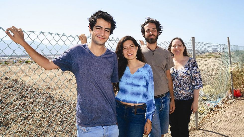 סטודנטים ממכון ערבה - קסם המדבר פועל (צילום: יוסי דוס-סנטוס)