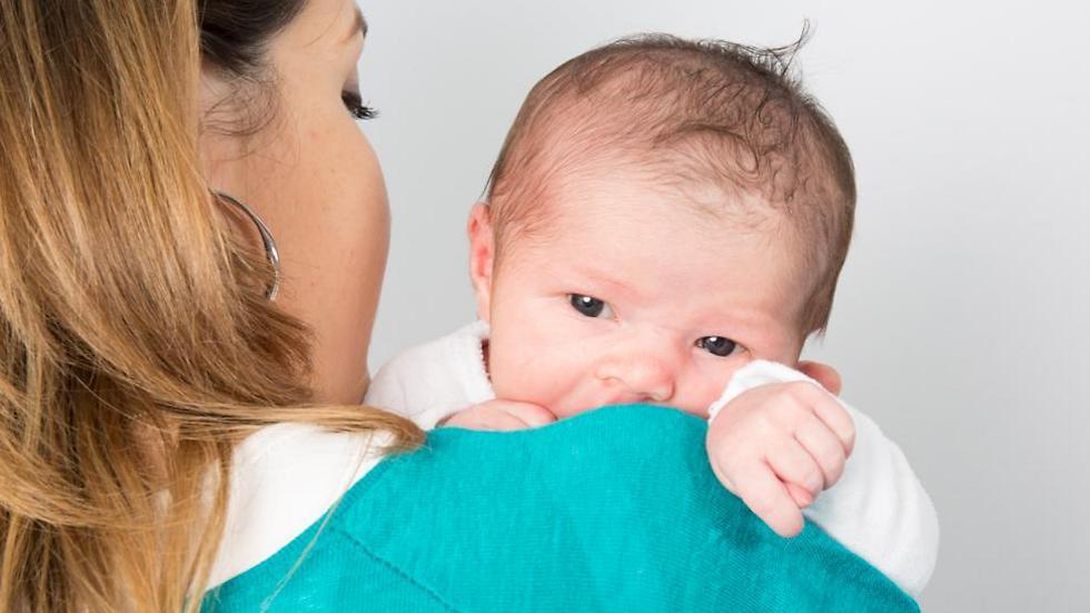 קראה לתינוק על שם המטפל (צילום: shutterstock)