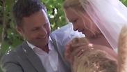 צפו: זוג התחתן בחברת 1100 חתולים