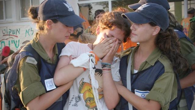 The evacuation of Gush Katif in 2005 (Photo: Avi Mualem)