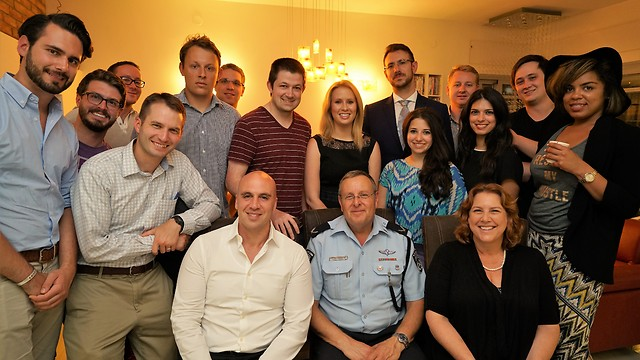 Founder of OSS Benjamin Anthony (center left) with interantional law and graduate students during tour in Israel (Photo: Dvir Media)
