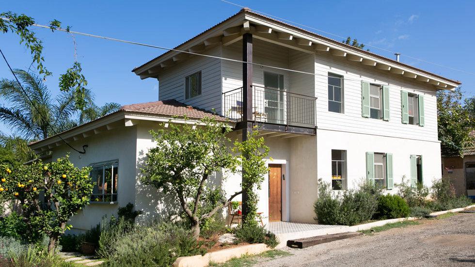 ישן וחדש בפרדס חנה: בית בן 80 קיבל קומה שנייה מעץ