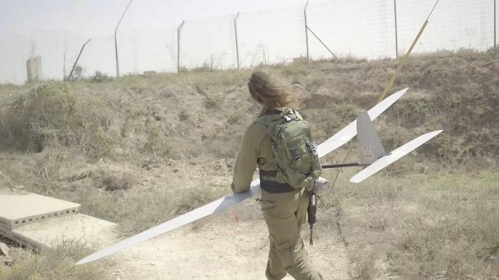 Skylark fighters in the field (Photo: IDF Spokesman's Office)