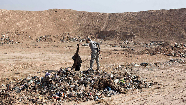 Mass grave discovered in Mosul (Photo: AP)