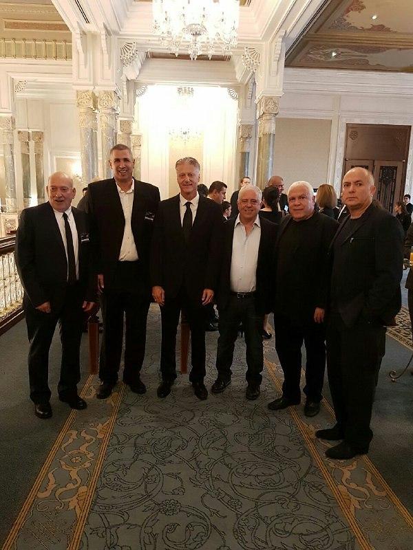 אדלשטיין, גרשון, ברקוביץ' ודניאל מחכים להגרלה (צילום: איגוד הכדורסל)