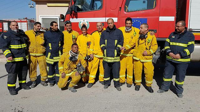 Palestinian firefighters who aided in Sha'ar HaGai (Photo: Omri Efraim) (Photo: Omri Efraim)