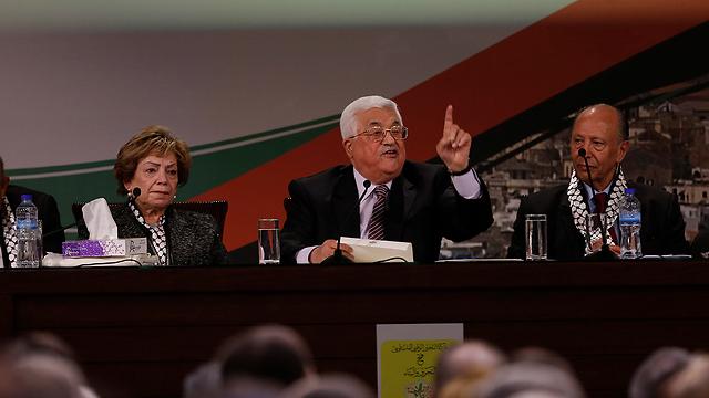 Mahmoud Abbas at a Fatah political meeting (Photo: AP)