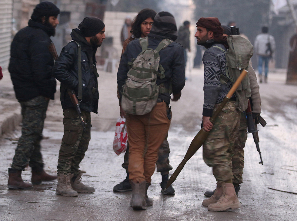 Syrian rebels in Aleppo (Photo: Reuters)