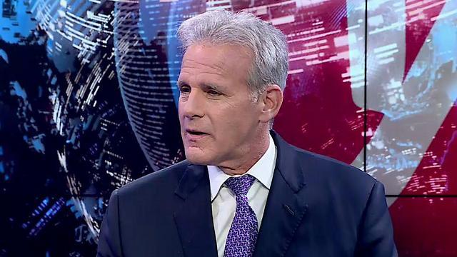 MK Michael Oren in the Ynet studio