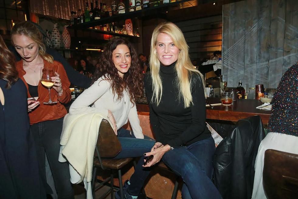 שלי גפני ושירלי בוגנים (צילום: שוקה כהן)