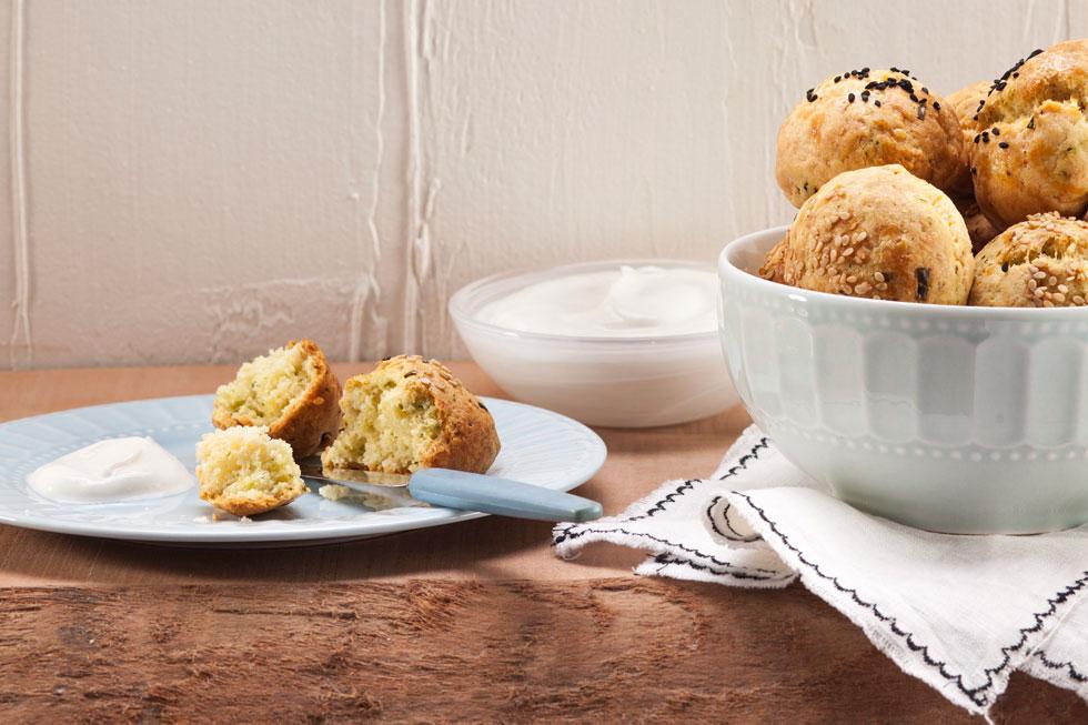 לחמניות גבינה ועירית ללא שמרים (צילום: רן גולני, סגנון: נעמה רן)