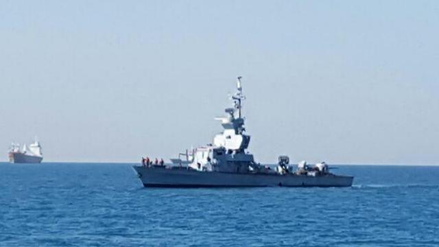 Navy patrol ship near the Lebanese border (Photo: Yoav Zitun)